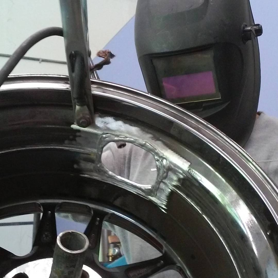 Alloy wheel welding Acworth Georgia